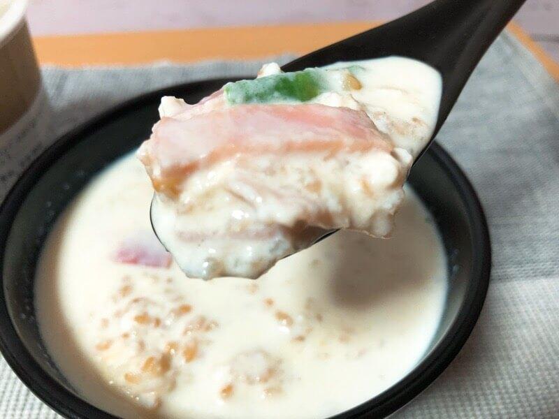 アスパラガスとベートンのパルメザンチーズリゾットUP写真